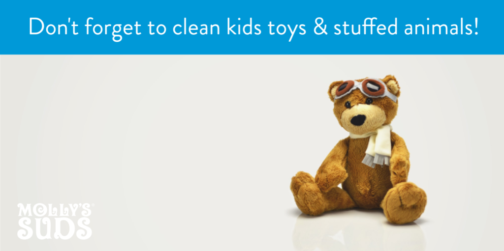 Clean kids toys and stuffed animals